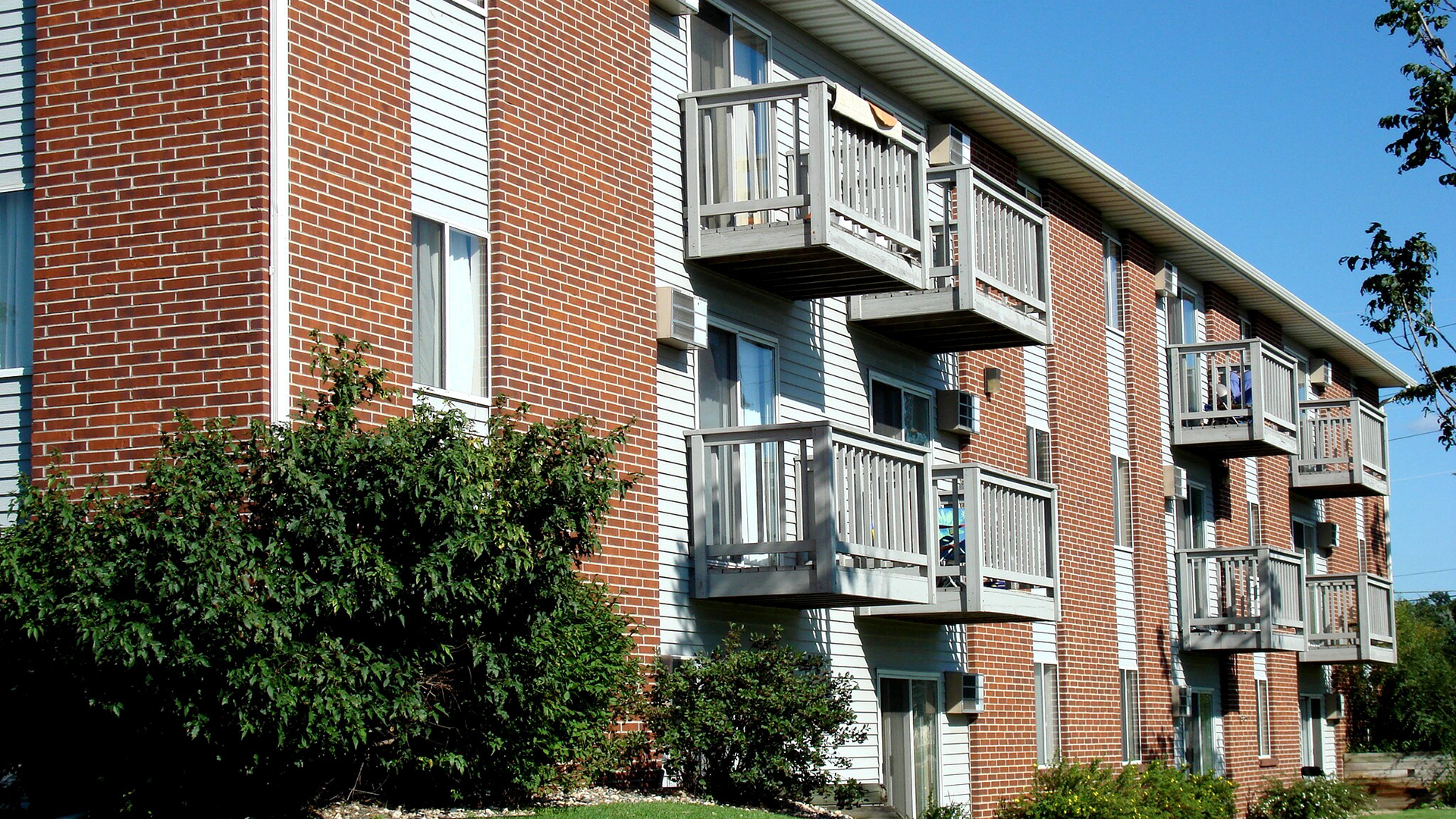 Stratford Point Apartment Homes